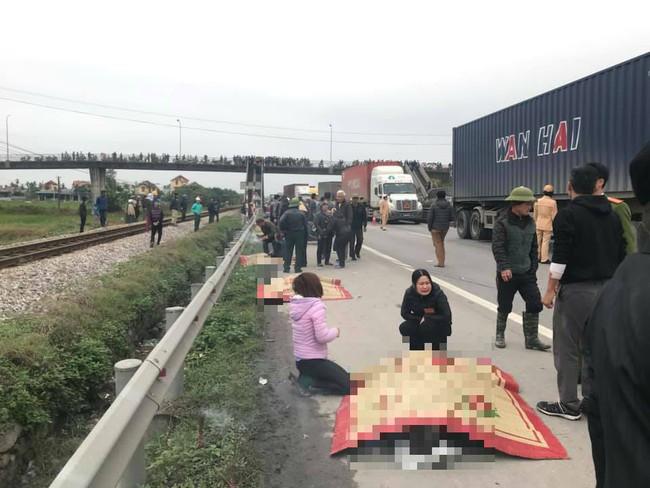 Hải Dương: Xe tải lao vào đoàn đi viếng nghĩa trang liệt sĩ, 8 người tử vong, 5 người nhập viện  - Ảnh 3.