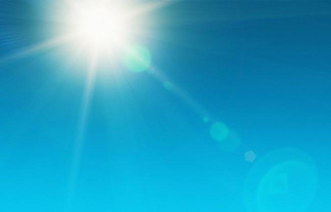 Nhìn những hình ảnh này mới thấy chính xác những thiệt hại của ánh nắng mặt trời gây ra cho làn da của bạn - Ảnh 1.