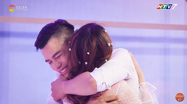 Fan Người ấy là ai? tố chàng trai màu tím trong tập của Hương Giang từng ôm hôn nữ chính của show hẹn hò khác - Ảnh 7.
