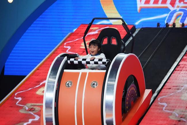 """""""Con gái"""" Trấn Thành trả lời thần tốc, ghi danh kỷ lục tại Nhanh Như Chớp Nhí - Ảnh 1."""