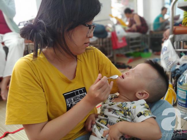 Bác sĩ Nhi Đồng khuyến cáo: Trẻ có thể nhập viện hàng loạt sau Tết nếu phụ huynh cứ cho con ăn uống kiểu này - Ảnh 5.