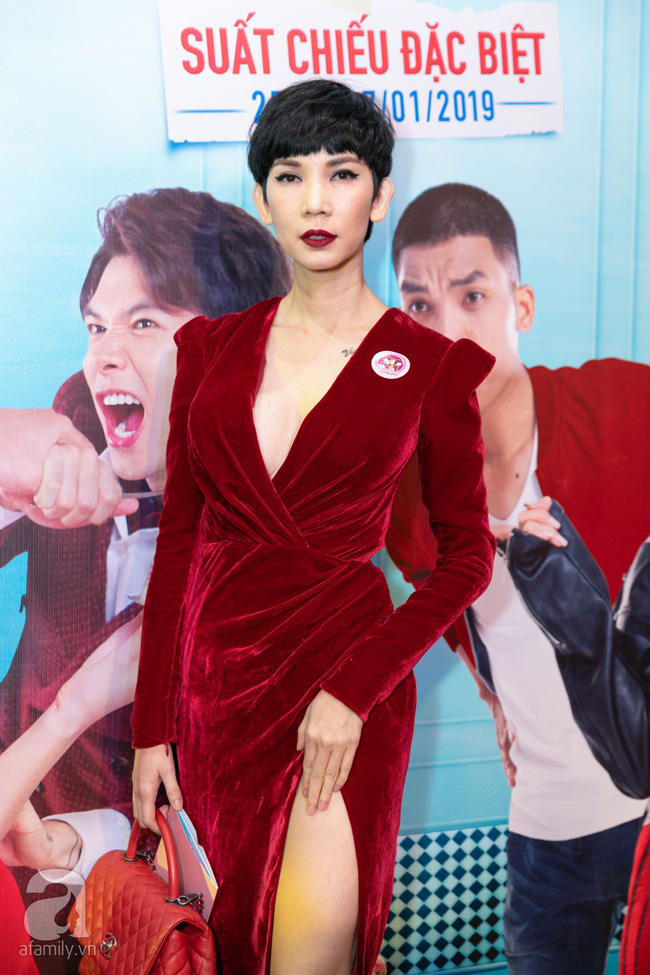 Sau lùm xùm bị lôi vào đám cưới Cường Đô La, Hồ Ngọc Hà xuất hiện thân mật bên Kim Lý khi đến chúc mừng vợ chồng Trấn Thành  - Ảnh 20.