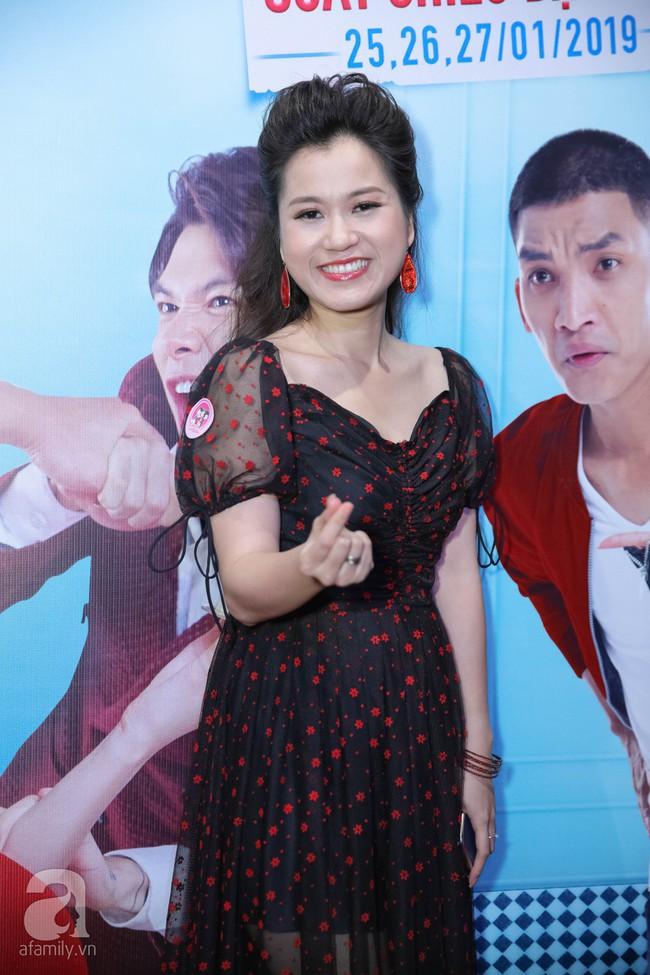 Sau lùm xùm bị lôi vào đám cưới Cường Đô La, Hồ Ngọc Hà xuất hiện thân mật bên Kim Lý khi đến chúc mừng vợ chồng Trấn Thành  - Ảnh 32.