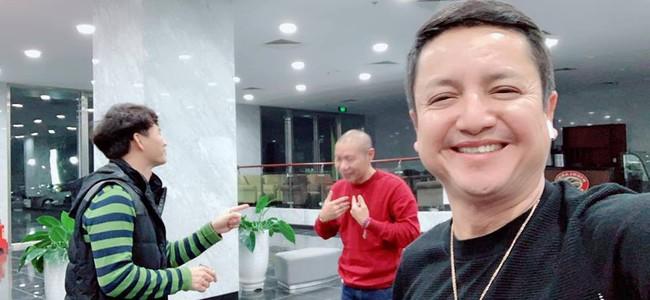 Hình ảnh rộn ràng không khí Tết: Táo giao thông Chí Trung rạng rỡ trong buổi tập Táo Quân 2019 cùng dàn nghệ sĩ - Ảnh 1.