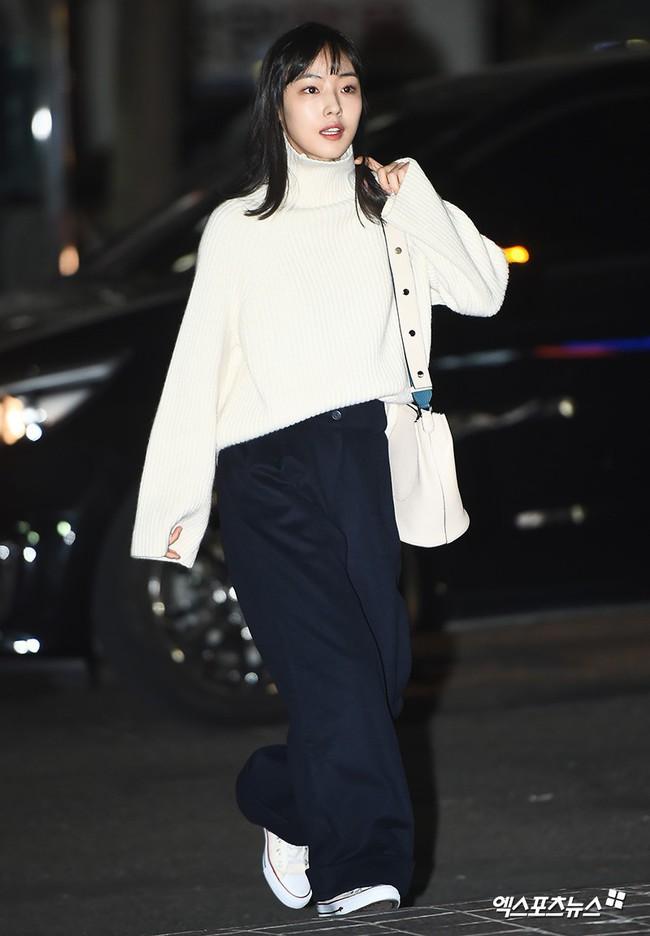 Tiệc mừng công Encounter: Song Hye Kyo để mặt mộc, tài tử Hàn trẻ khó tin mặc dù hơn Park Bo Gum 12 tuổi - Ảnh 10.