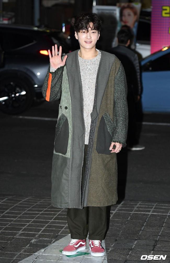 Tiệc mừng công Encounter: Song Hye Kyo để mặt mộc, tài tử Hàn trẻ khó tin mặc dù hơn Park Bo Gum 12 tuổi - Ảnh 5.