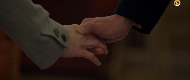 Park Bo Gum khóc sướt mướt khi Song Hye Kyo nói lời chia tay - Ảnh 9.