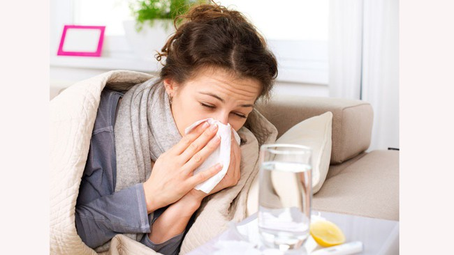 9 loại tinh dầu chống cảm lạnh cực hiệu quả nhà nào cũng nên có sẵn mùa này - Ảnh 1.