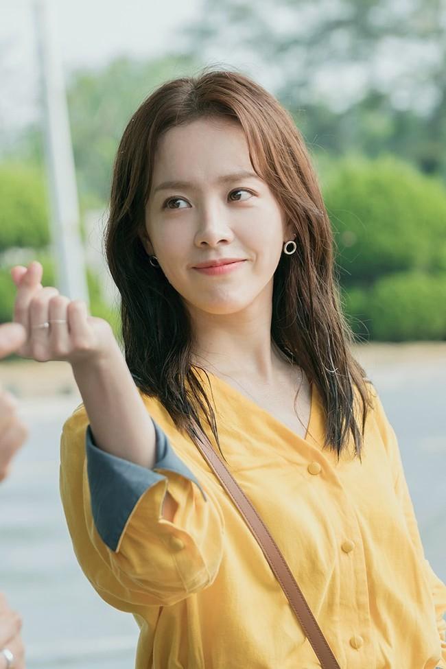 Dàn mỹ nhân sắc nước hương trời U40, U50 nhưng vẫn chọn cô đơn lẻ bóng của showbiz Hàn - Ảnh 18.