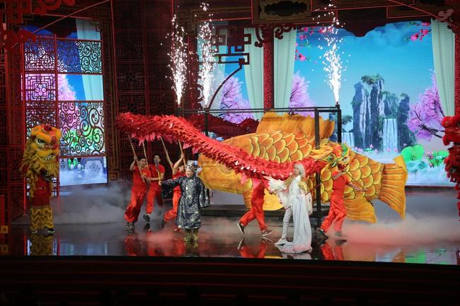 Táo Quân 2019: Quang Thắng - Vân Dung làm ảo thuật gia, mẹ chồng Lan Hương bất ngờ góp mặt  - Ảnh 1.