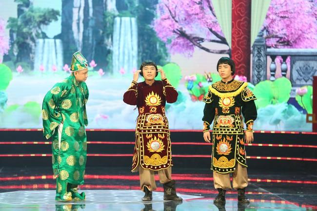 Táo Quân 2019: Quang Thắng - Vân Dung làm ảo thuật gia, mẹ chồng Lan Hương bất ngờ góp mặt  - Ảnh 6.