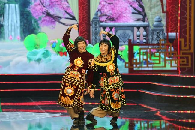 Táo Quân 2019: Quang Thắng - Vân Dung làm ảo thuật gia, mẹ chồng Lan Hương bất ngờ góp mặt  - Ảnh 7.