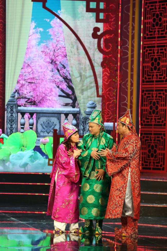 Táo Quân 2019: Quang Thắng - Vân Dung làm ảo thuật gia, mẹ chồng Lan Hương bất ngờ góp mặt  - Ảnh 2.