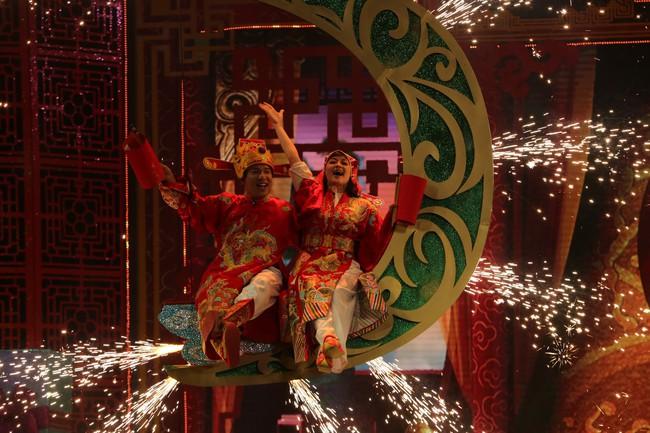 Táo Quân 2019: Quang Thắng - Vân Dung làm ảo thuật gia, mẹ chồng Lan Hương bất ngờ góp mặt  - Ảnh 10.
