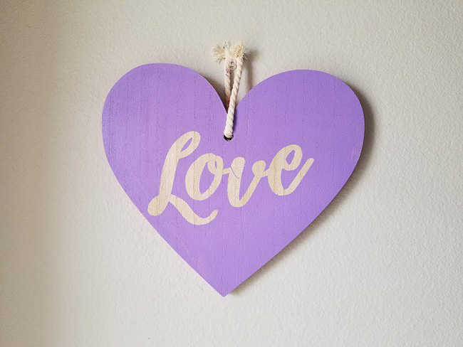 6 món đồ thủ công bằng gỗ bạn có thể tự tay làm để trang trí mọi góc nhà trong ngày Valentine - Ảnh 4.