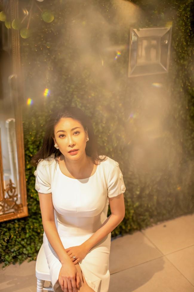 42 tuổi, Hà Kiều Anh đánh bật dàn mĩ nhân showbiz với nhan sắc vượt thời gian - Ảnh 3.