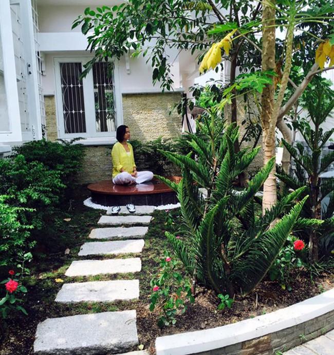 Nhà vườn bình yên và ngập tràn cây ăn quả của diễn viên Việt Trinh ở Bình Dương - Ảnh 18.