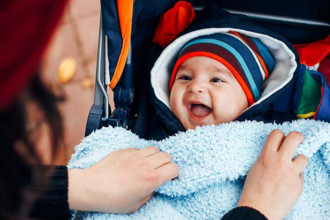 """Mẹ trẻ chia sẻ bí quyết mặc ấm """"chuẩn chỉ"""" cho con khi trời trở lạnh khiến ai nấy cũng phải gật gù tâm đắc - Ảnh 4."""