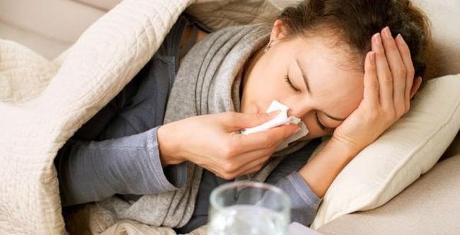 Đừng chủ quan với cảm cúm, cảm lạnh thông thường, chúng có thể giết chết bạn trong tích tắc rất đáng sợ - Ảnh 1.