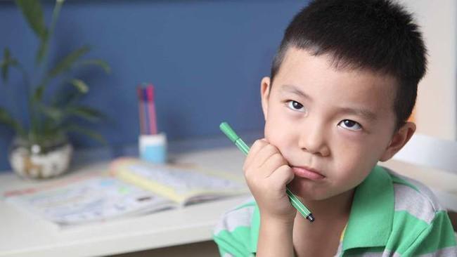 """7 dấu hiệu """"rõ rành rành"""" trẻ là người hướng nội mà cha mẹ thường không nhận ra - Ảnh 2."""