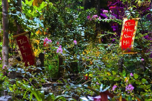 Ngắm những ngôi nhà tiền tỷ của sao Việt lung linh khoe đào quất đón Tết Nguyên Đán - Ảnh 7.
