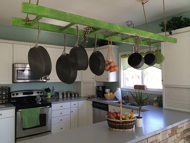 Tận dụng đồ cũ để trang trí cho căn bếp thêm ấn tượng dịp năm mới - Ảnh 17.