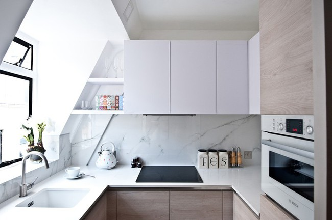 10 thiết kế bếp nhỏ đẹp xuất sắc chứng minh rằng: Diện tích không quan trọng, quan trọng là bạn sắp xếp chúng ra sao - Ảnh 4.