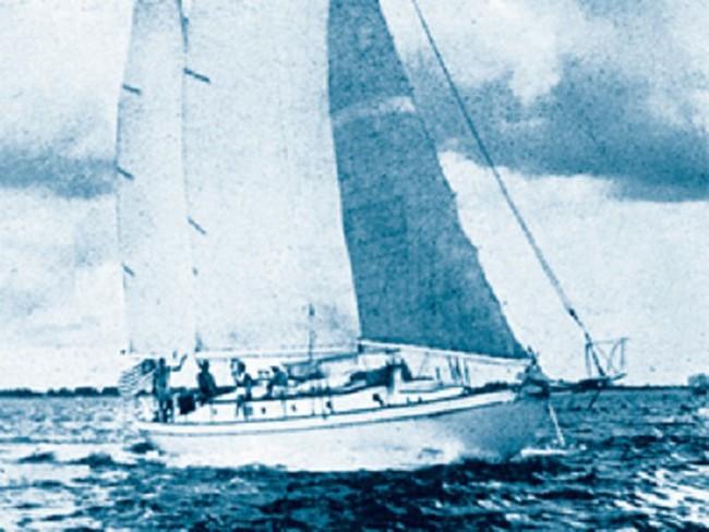 Bức ảnh đứa trẻ mồ côi lênh đênh trên biển hé lộ vụ thảm sát gia đình 4 người đáng sợ, chuyến nghỉ dưỡng hóa bi kịch sau 1 đêm - Ảnh 3.