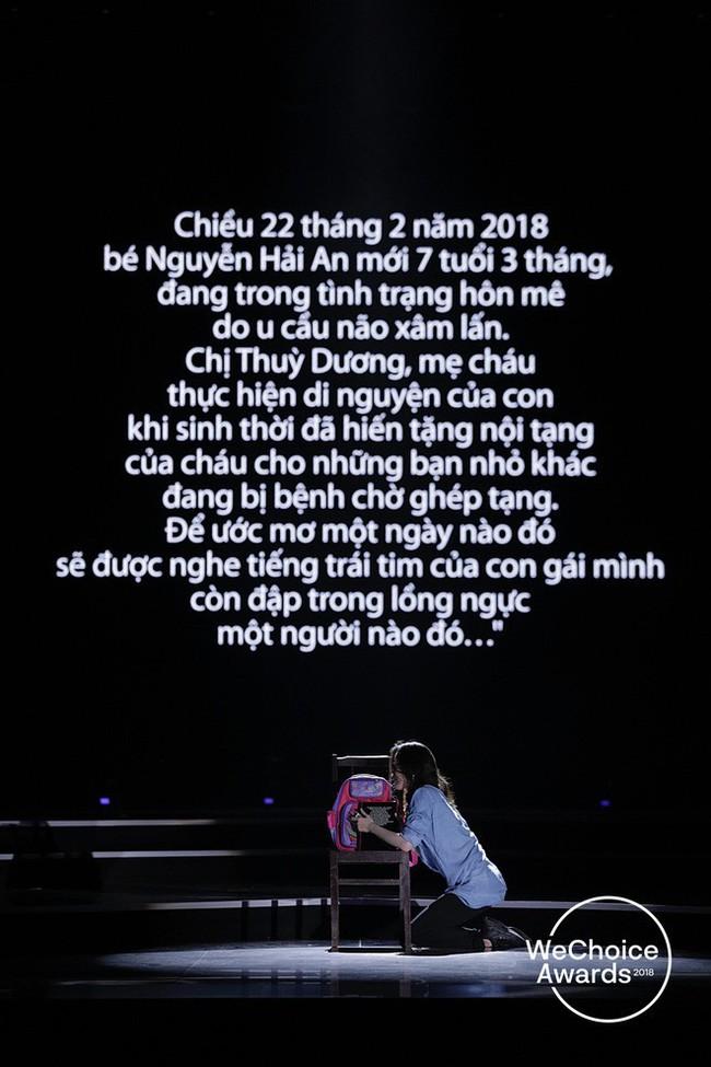 Đạo diễn Việt Tú hé lộ chìa khóa thành công của Gala WeChoice Awards 2018: Hoành tráng chưa đủ, quan trọng là thông điệp - Ảnh 6.