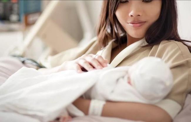 Đây chính là lộ trình giúp các mẹ sau sinh mổ phục hồi thật tốt và hiệu quả - Ảnh 1.
