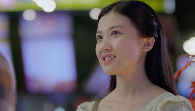 Những cô gái trong thành phố: Cười ngất trước cảnh trai nghèo Bình An đưa bạn gái đi xem phim giảm giá - Ảnh 1.