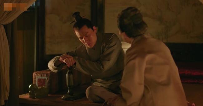 Fan Minh Lan truyện hả hê khi hồ ly tinh Lý Y Hiểu bị Phùng Thiệu Phong đuổi khỏi nhà  - Ảnh 2.