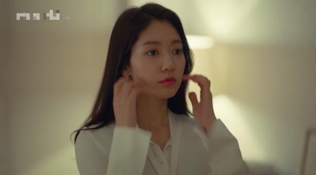 Mới hôn nhau dưới mưa, Park Shin Hye lại tiếp tục rủ Hyun Bin... về nhà ngủ - Ảnh 9.