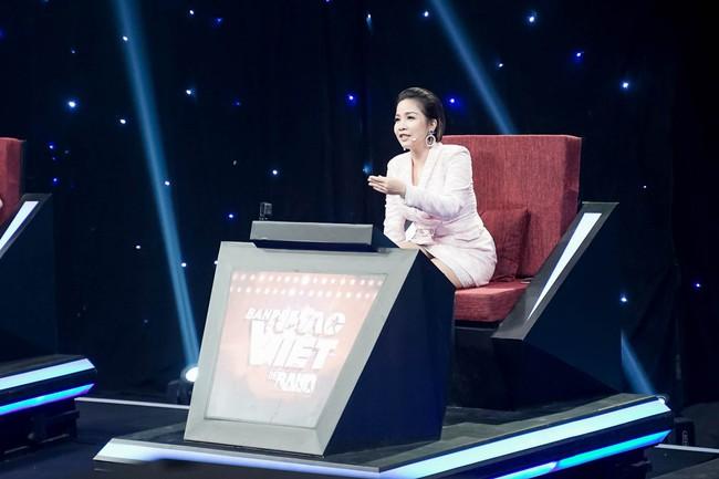 Hết chê Nguyễn Hải Phong nhạt, Phương Uyên lại mỉa mai Mỹ Linh có 1 bài mà hát hoài - Ảnh 5.