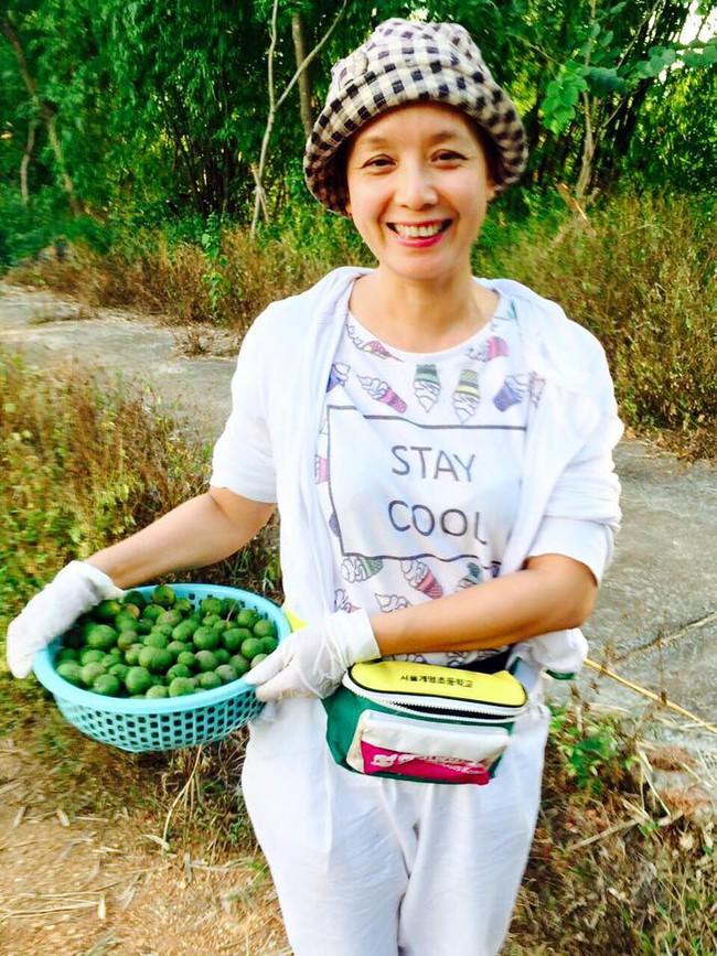 Sát Tết, NSƯT Chiều Xuân thu hoạch cả nghìn quả bưởi ở khu vườn của gia đình - Ảnh 19.