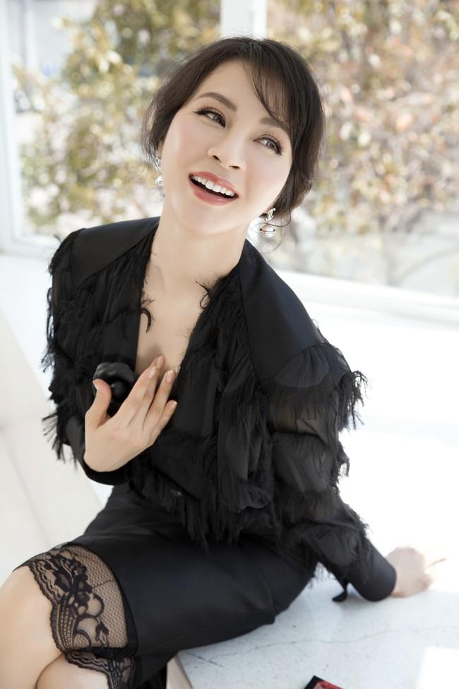 MC Thanh Mai khoe tủ đồ công sở ấn tượng khiến chị em thích mê - Ảnh 11.