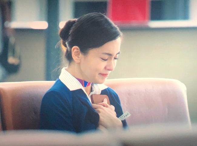 Giữa lùm xùm ly hôn Huỳnh Hiểu Minh, Angela Baby tình tứ cùng đồng nghiệp đã có vợ trong phim mới - Ảnh 8.