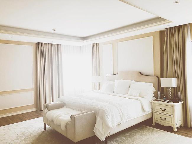 Biệt thự triệu đô màu trắng sang trọng của Hoa hậu Phạm Hương tại Los Angeles, Mỹ - Ảnh 9.