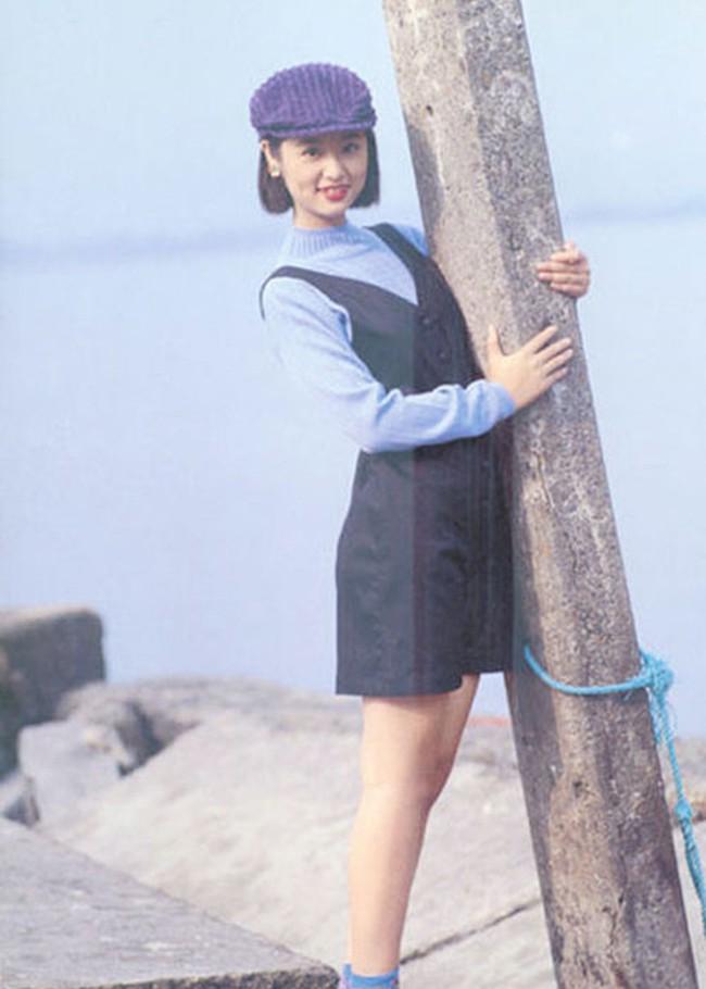 Hình ảnh Dương Mịch, Lưu Diệc Phi và dàn mỹ nhân Cbiz khi ở tuổi 17 - Ảnh 6.