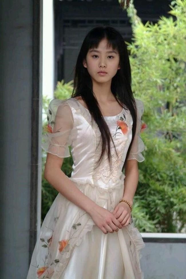Hình ảnh Dương Mịch, Lưu Diệc Phi và dàn mỹ nhân Cbiz khi ở tuổi 17 - Ảnh 7.