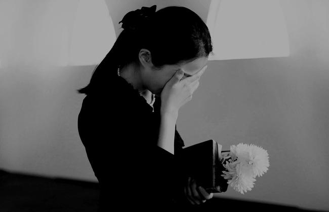 """Vợ mắng chồng lười biếng """"đi chết đi"""", lúc anh tự tử qua đời cô mới vỡ òa đau nhói khi biết sự thật đằng sau - Ảnh 2."""