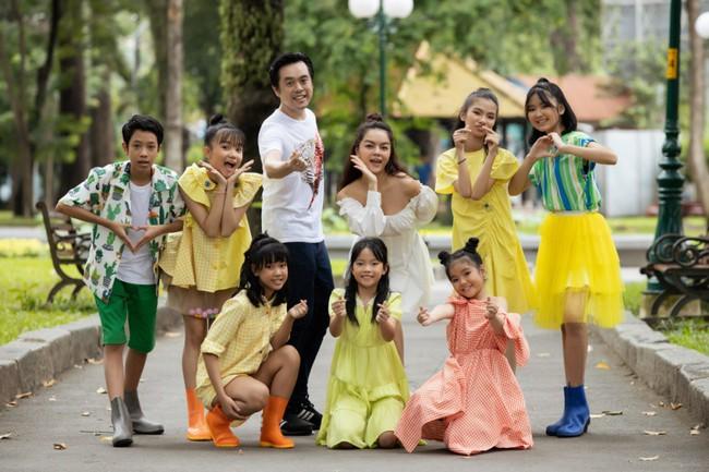 Phạm Quỳnh Anh, Dương Khắc Linh cùng team The Voice Kids thực hiện MV kỷ niệm đầy ý nghĩa - Ảnh 3.