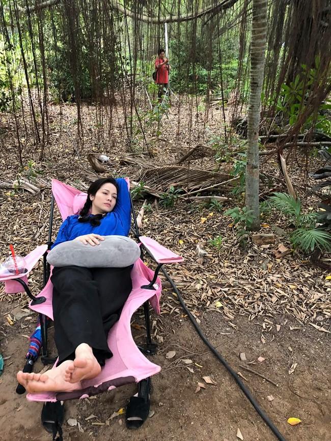 """""""Tiếng sét trong mưa"""": Thị Bình - Nhật Kim Anh nhí nhố khiến không ai nhận ra đây là """"nữ hoàng nước mắt""""  - Ảnh 6."""