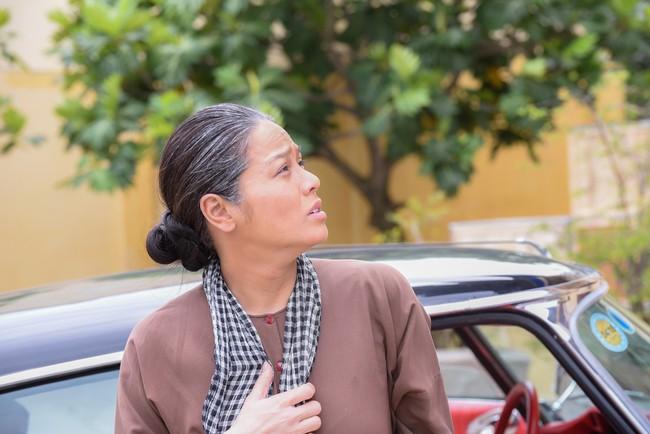 """""""Tiếng sét trong mưa"""": Thị Bình - Nhật Kim Anh nhí nhố khiến không ai nhận ra đây là """"nữ hoàng nước mắt""""  - Ảnh 1."""