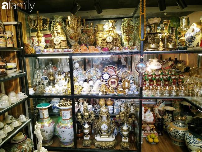 Lạc vào chợ đồ cổ Cao Minh - nơi buôn bán hoài niệm, tìm về hồi ức giữa lòng Sài Gòn - Ảnh 21.