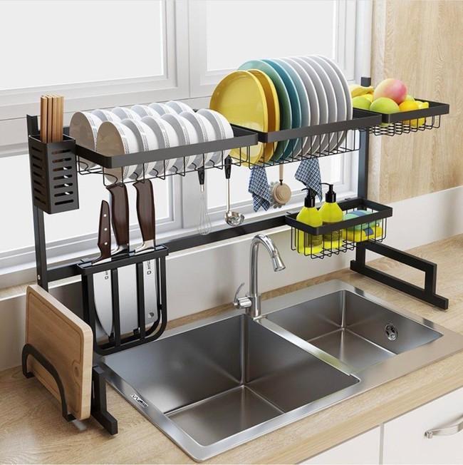 Một phụ kiện siêu thông minh cho khu vực bồn rửa sẽ khiến bà nội trợ nào cũng thích mê vì giúp bát đĩa luôn khô cong, sạch sẽ - Ảnh 4.
