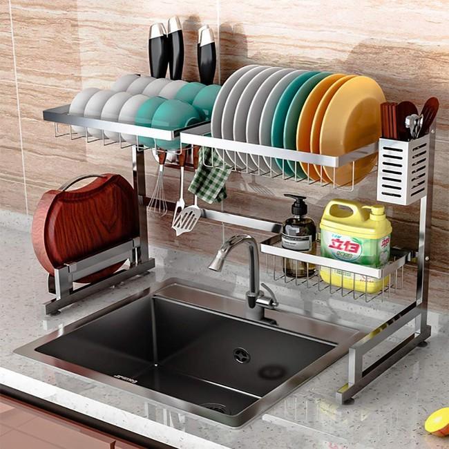 Một phụ kiện siêu thông minh cho khu vực bồn rửa sẽ khiến bà nội trợ nào cũng thích mê vì giúp bát đĩa luôn khô cong, sạch sẽ - Ảnh 9.