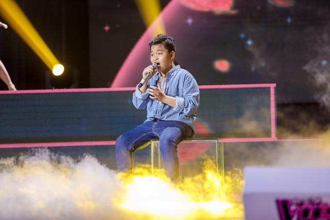 The Voice Kids: Hát nhạc của Lara Fabian, học trò Hương Giang khiến khán giả trầm trồ với màn trình diễn xuất thần - Ảnh 7.