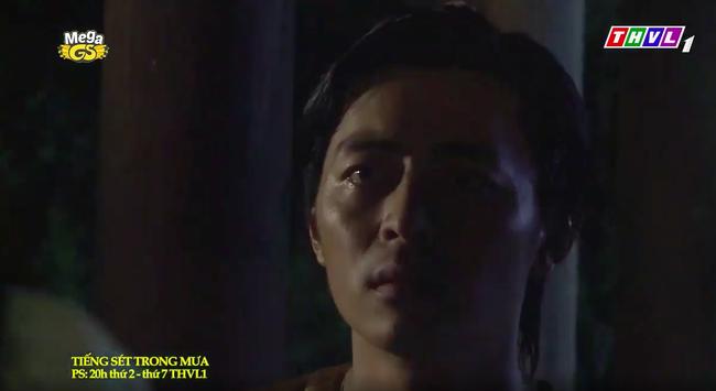 """""""Tiếng sét trong mưa"""": Trọn bộ cảnh con trai Thị Bình ngủ với em gái, còn sốc hơn màn ân ái 18+ cùng mẹ kế - Ảnh 3."""
