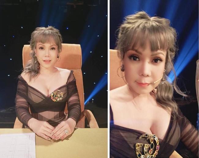 Việt Hương diện trang phục khoét sâu cổ, o ép vòng 1 trong tiệc sinh nhật tuổi 43 - Ảnh 2.